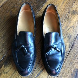 Johnston & Murphy Black Leather Shoes w Tassels